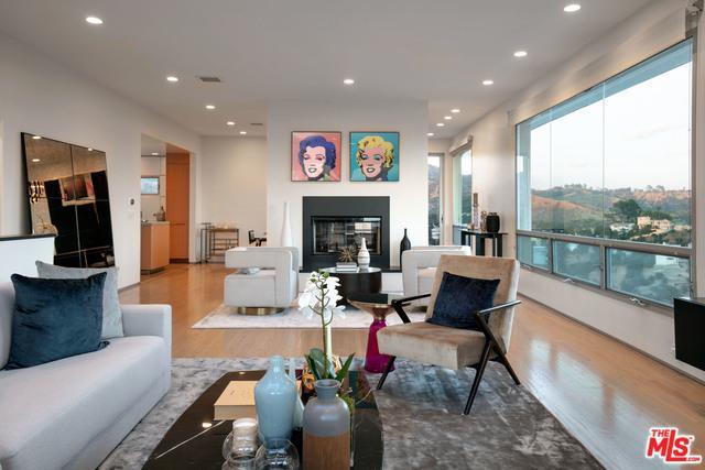 2742 Creston Drive, Los Angeles (City), CA 90068 (MLS #19463466) :: Deirdre Coit and Associates