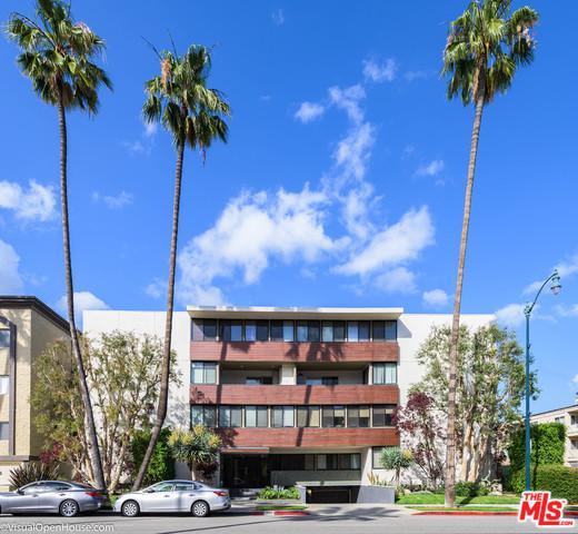 262 N Crescent Drive 2B, Beverly Hills, CA 90210 (MLS #19464596) :: The Jelmberg Team