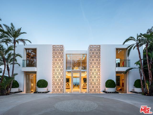 1500 Gilcrest Drive, Beverly Hills, CA 90210 (MLS #19464678) :: Hacienda Group Inc