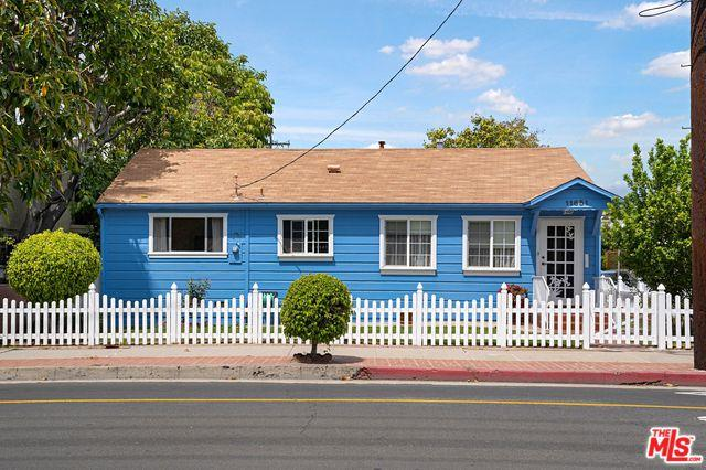 11651 Ohio Avenue, Los Angeles (City), CA 90025 (MLS #19464786) :: The Jelmberg Team