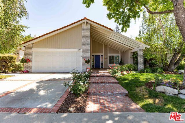 3287 Sierra Drive, Westlake Village, CA 91362 (MLS #19464930) :: Hacienda Group Inc
