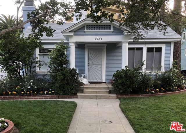 2203 Holly Drive, Hollywood, CA 90068 (MLS #19466000) :: Deirdre Coit and Associates
