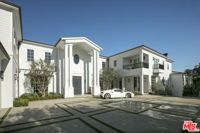 624 N Bonhill Road, Los Angeles (City), CA 90049 (MLS #19466734) :: The Jelmberg Team