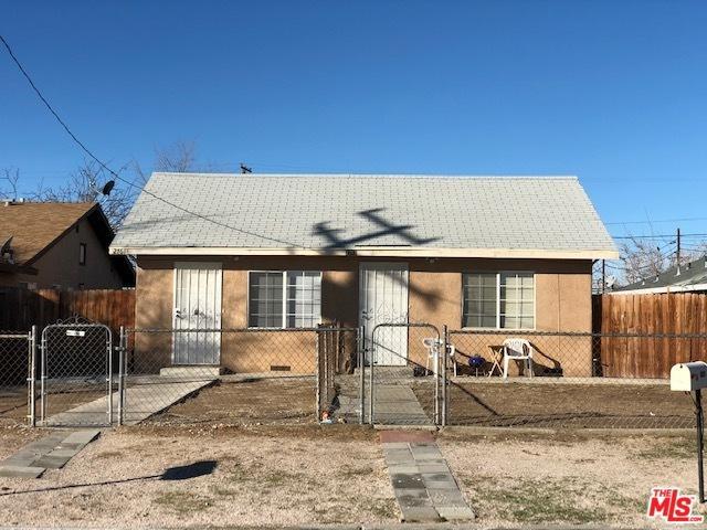 2761 Desert Street, Rosamond, CA 93560 (MLS #19466980) :: Hacienda Group Inc