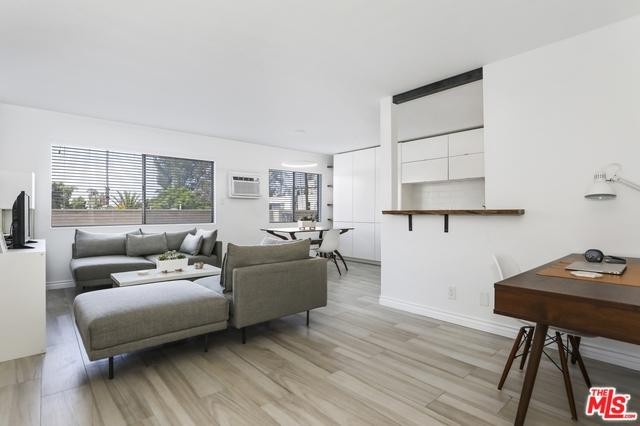1351 N Orange Drive #215, Los Angeles (City), CA 90028 (MLS #19467096) :: The Jelmberg Team
