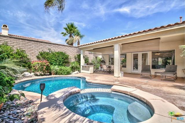44695 Via Catalina, La Quinta, CA 92253 (MLS #19467246PS) :: Bennion Deville Homes
