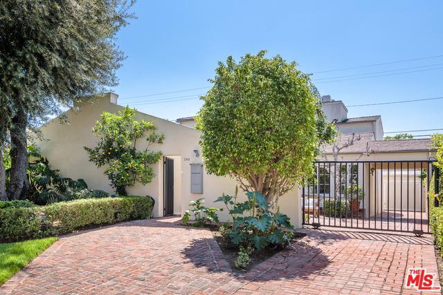 245 S Crescent Drive, Beverly Hills, CA 90212 (MLS #19467300) :: The Jelmberg Team