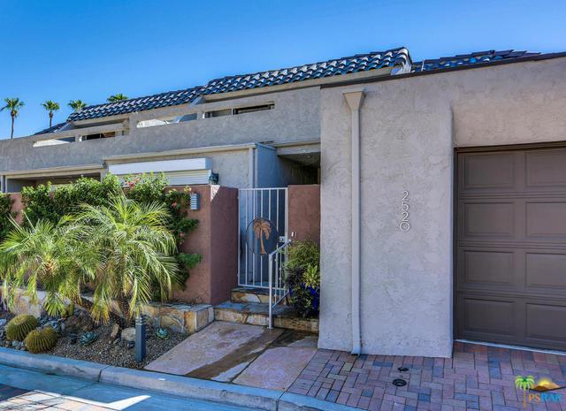 2520 W La Condesa Drive, Palm Springs, CA 92264 (MLS #19467404PS) :: Brad Schmett Real Estate Group