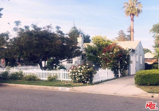 5622 Natick Avenue, Sherman Oaks, CA 91411 (MLS #19467554) :: The Jelmberg Team