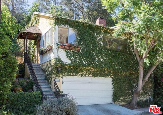 11346 Sunshine Terrace, Studio City, CA 91604 (MLS #19467816) :: The Jelmberg Team