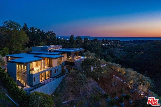 1501 Umeo Road, Pacific Palisades, CA 90272 (MLS #19467856) :: The Jelmberg Team