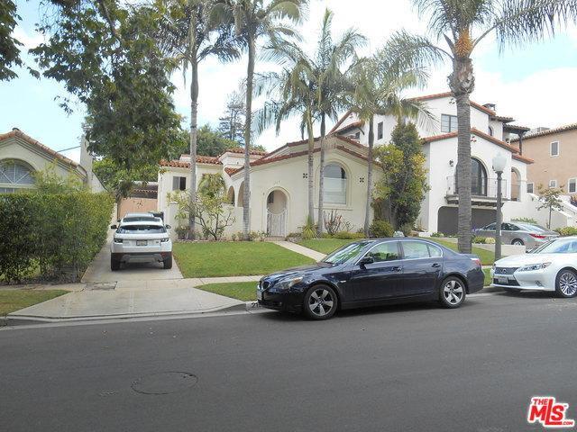2103 Holmby Avenue, Los Angeles (City), CA 90025 (MLS #19468010) :: The Jelmberg Team