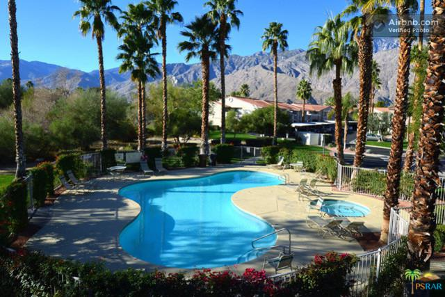 2001 E Camino Parocela I60, Palm Springs, CA 92264 (MLS #19468234PS) :: Hacienda Group Inc