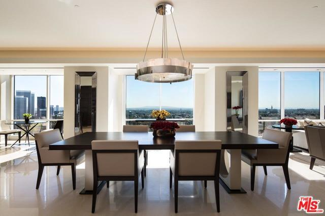 1200 Club View Drive #1500, Los Angeles (City), CA 90024 (MLS #19468330) :: Bennion Deville Homes