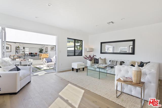 801 Howard Street, Marina Del Rey, CA 90292 (MLS #19468358) :: The Jelmberg Team