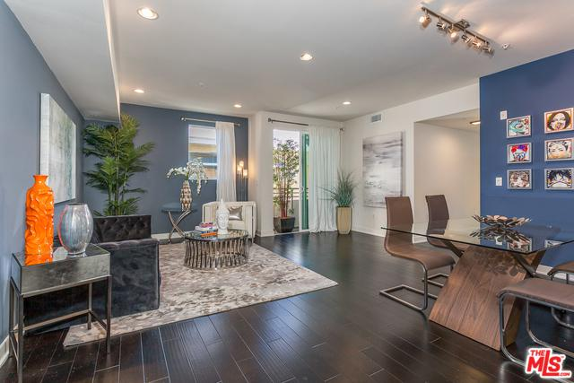 436 S Virgil Avenue #409, Los Angeles (City), CA 90020 (MLS #19468394) :: The Jelmberg Team