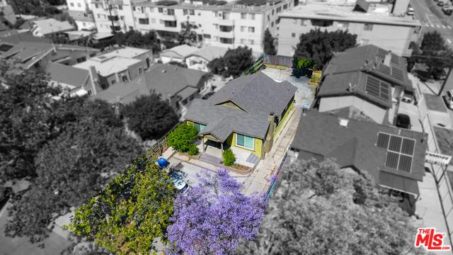 406 N Kenmore Avenue, Los Angeles (City), CA 90004 (MLS #19468718) :: The Jelmberg Team