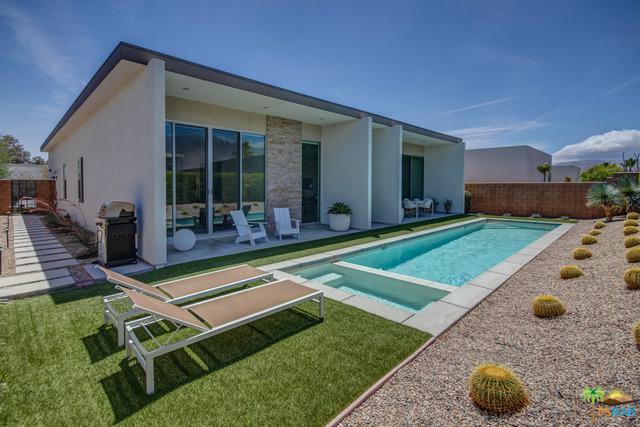 659 Equinox Way, Palm Springs, CA 92262 (MLS #19469184PS) :: Brad Schmett Real Estate Group