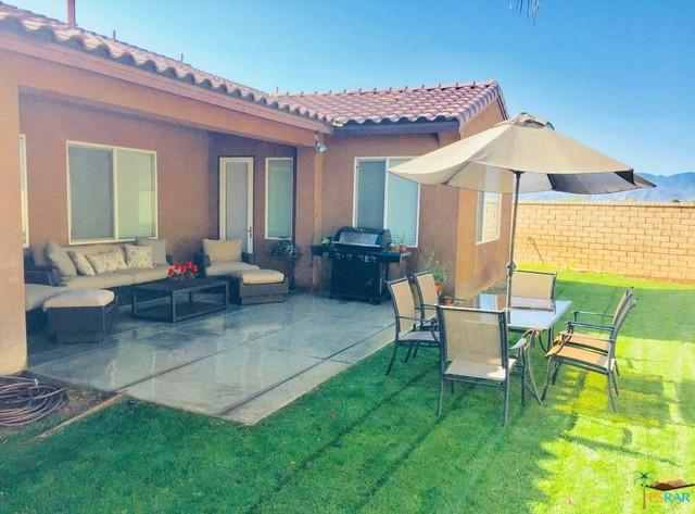 43099 Traccia Way, Indio, CA 92203 (MLS #19469318PS) :: Brad Schmett Real Estate Group