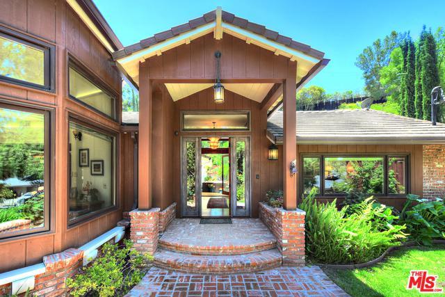 9940 Shadow Hills Drive, Shadow Hills, CA 91040 (MLS #19471694) :: The John Jay Group - Bennion Deville Homes