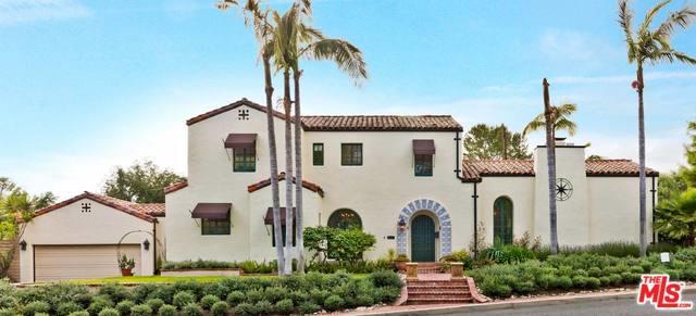 1559 Grandview Avenue, Glendale, CA 91201 (MLS #19471768) :: The John Jay Group - Bennion Deville Homes
