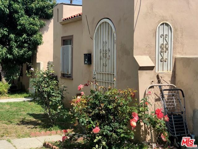 425 S Union Avenue, Los Angeles (City), CA 90017 (MLS #19472280) :: The Sandi Phillips Team