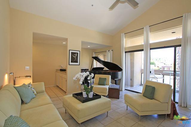 837 N Village Square, Palm Springs, CA 92262 (MLS #19473084PS) :: Brad Schmett Real Estate Group
