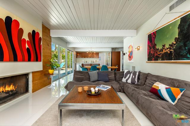 1154 E Padua Way, Palm Springs, CA 92262 (MLS #19473262PS) :: Brad Schmett Real Estate Group