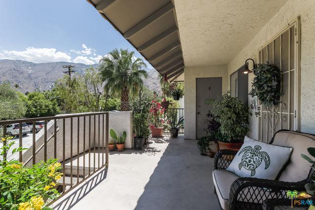 1850 N Mira Loma Way, Palm Springs, CA 92262 (MLS #19473864PS) :: Brad Schmett Real Estate Group