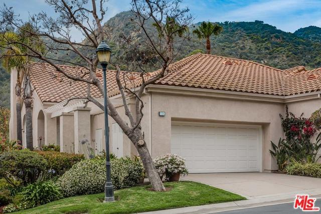 726 Palisades Drive, Pacific Palisades, CA 90272 (MLS #19474128) :: Desert Area Homes For Sale