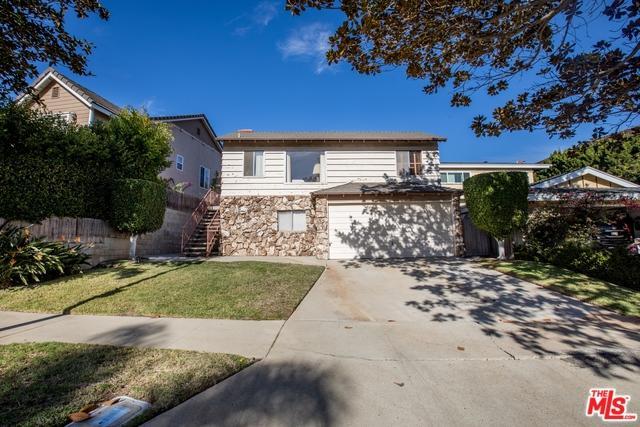 7841 W 83rd Street, Playa Del Rey, CA 90293 (MLS #19474138) :: Bennion Deville Homes