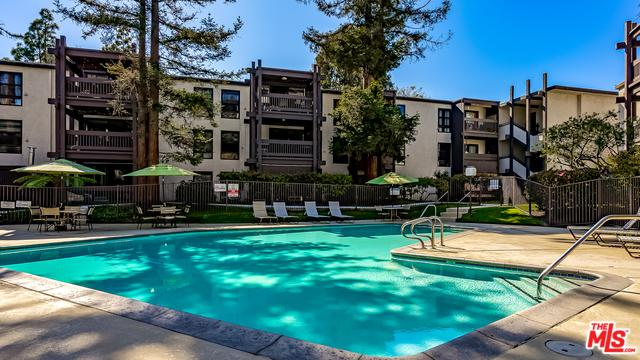 7765 W 91st Street F2099, Playa Del Rey, CA 90293 (MLS #19474304) :: Bennion Deville Homes