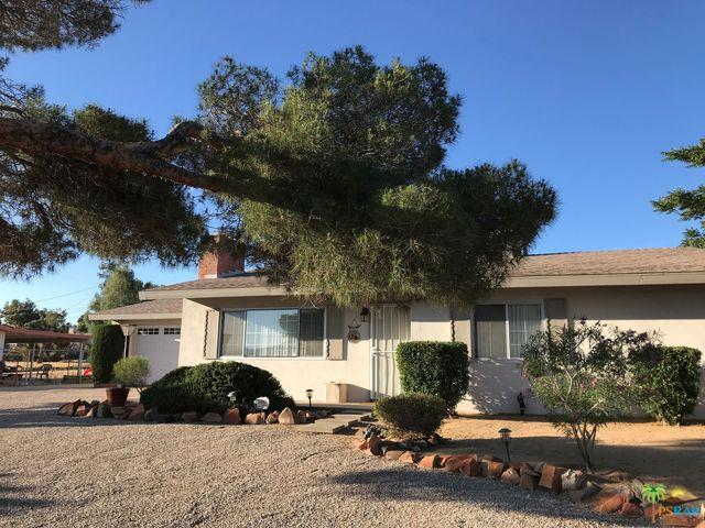 56593 Taos, Yucca Valley, CA 92284 (MLS #19474352PS) :: The John Jay Group - Bennion Deville Homes