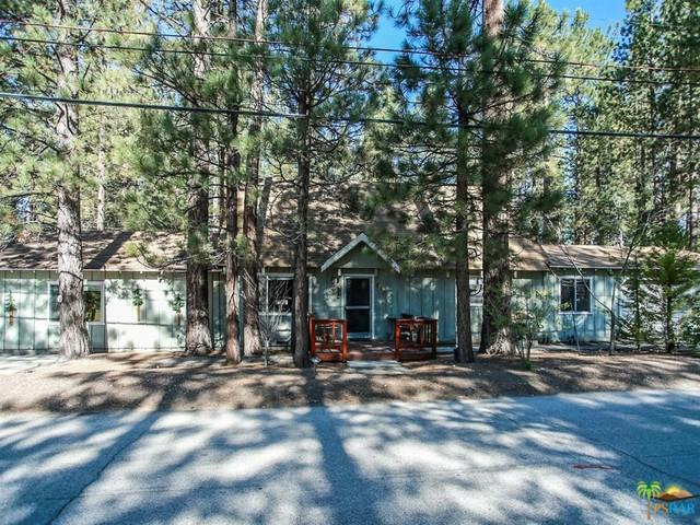 908 Canyon Road, Fawnskin, CA 92314 (MLS #19475048PS) :: The John Jay Group - Bennion Deville Homes