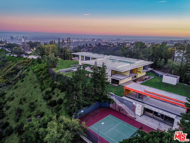 16 Beverly Park, Beverly Hills, CA 90210 (MLS #19475252) :: Desert Area Homes For Sale
