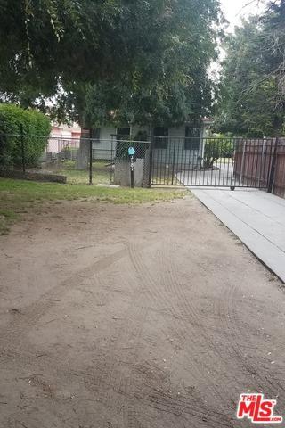 3181 Carlin Avenue, Lynwood, CA 90262 (MLS #19475258) :: The John Jay Group - Bennion Deville Homes