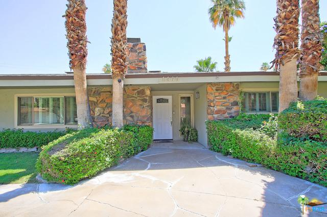 1960 S Ana Maria Way, Palm Springs, CA 92264 (MLS #19475468PS) :: The John Jay Group - Bennion Deville Homes