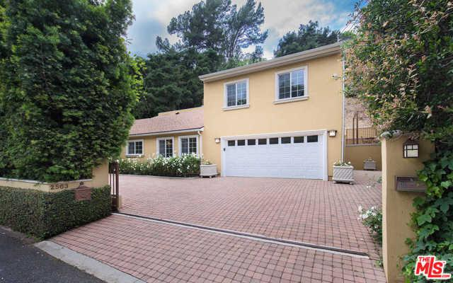 2563 Hutton Drive, Beverly Hills, CA 90210 (MLS #19476362) :: Desert Area Homes For Sale
