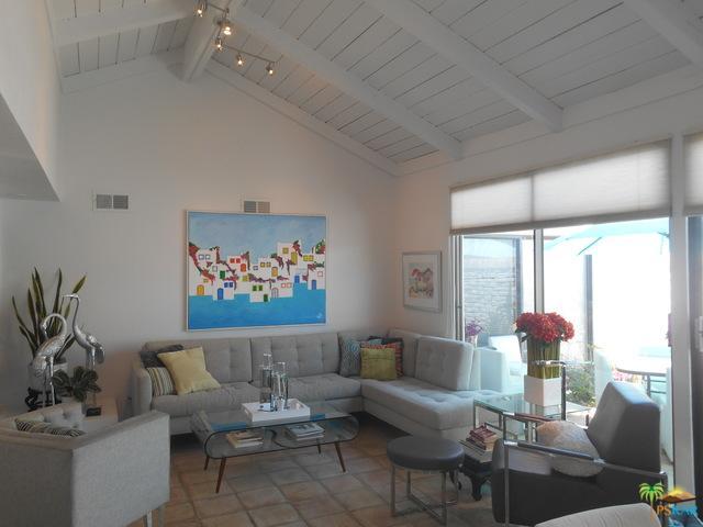2355 Miramonte Circle D, Palm Springs, CA 92264 (MLS #19476760PS) :: Brad Schmett Real Estate Group