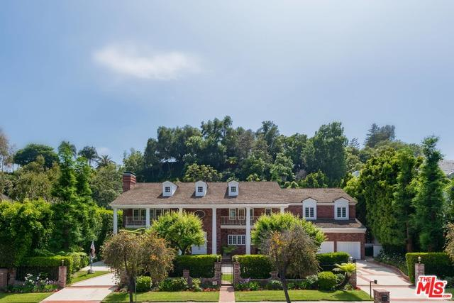 1255 Benedict Canyon Drive, Beverly Hills, CA 90210 (MLS #19476762) :: Desert Area Homes For Sale