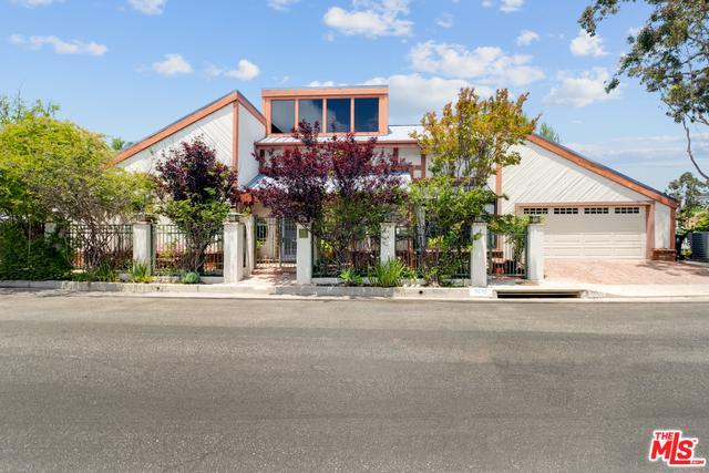 9645 Highridge Drive, Beverly Hills, CA 90210 (MLS #19476852) :: Desert Area Homes For Sale