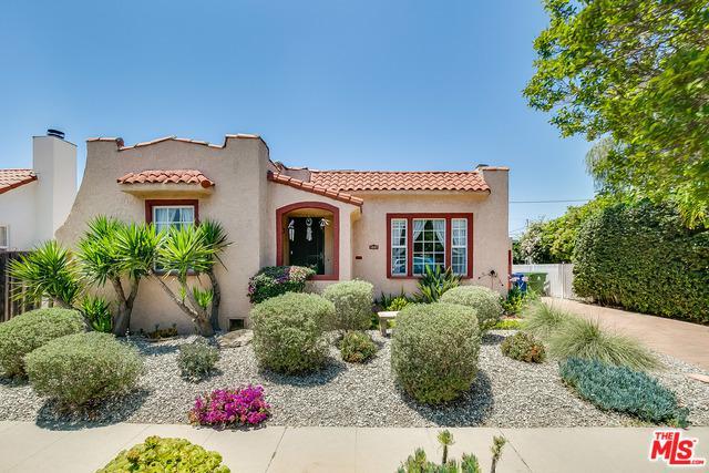 1637 S Curson Avenue, Los Angeles (City), CA 90019 (MLS #19477016) :: The John Jay Group - Bennion Deville Homes