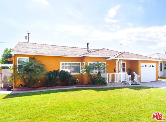 2049 N Kenwood Street, Burbank, CA 91505 (MLS #19477104) :: The Jelmberg Team