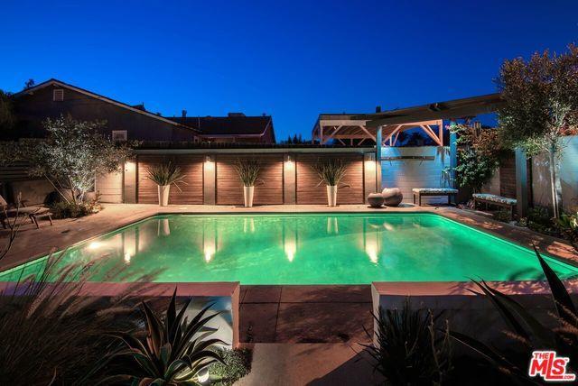 5656 Lindley Avenue, Encino, CA 91316 (MLS #19477202) :: The John Jay Group - Bennion Deville Homes