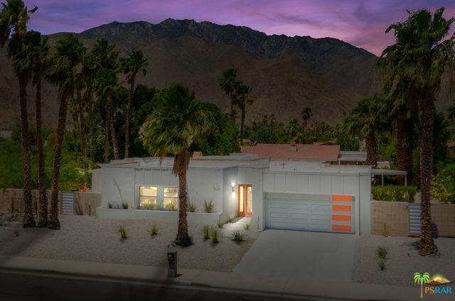 1805 N Nogales Way, Palm Springs, CA 92262 (MLS #19477296PS) :: Brad Schmett Real Estate Group