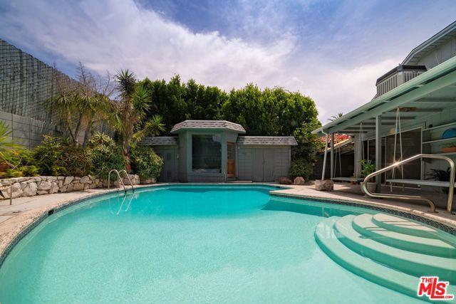 4959 Ambrose Avenue, Los Angeles (City), CA 90027 (MLS #19477406) :: The John Jay Group - Bennion Deville Homes
