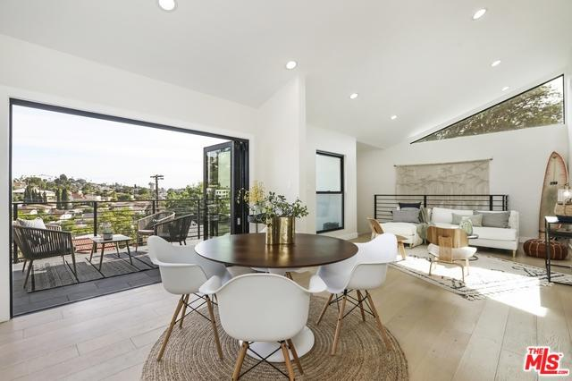 3923 Fernwood Avenue, Los Angeles (City), CA 90027 (MLS #19477566) :: The John Jay Group - Bennion Deville Homes
