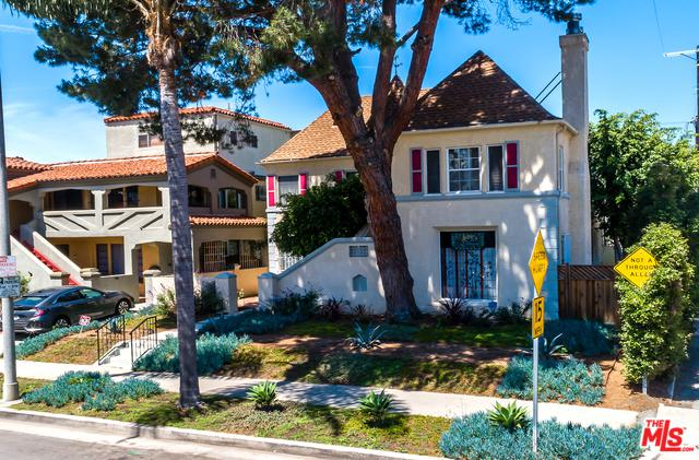 1017 S Alfred Street, Los Angeles (City), CA 90035 (MLS #19477606) :: The John Jay Group - Bennion Deville Homes