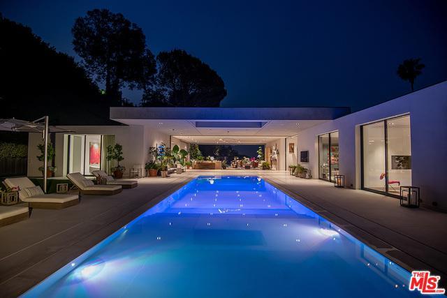 1012 N Hillcrest Road, Beverly Hills, CA 90210 (MLS #19477736) :: Desert Area Homes For Sale