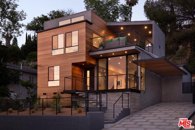 526 Oleander Drive, Los Angeles (City), CA 90042 (MLS #19477914) :: The Jelmberg Team